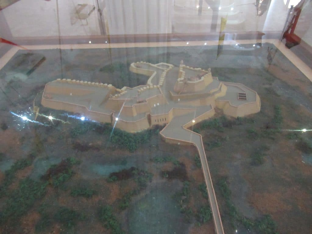 A model showing the completed fort.