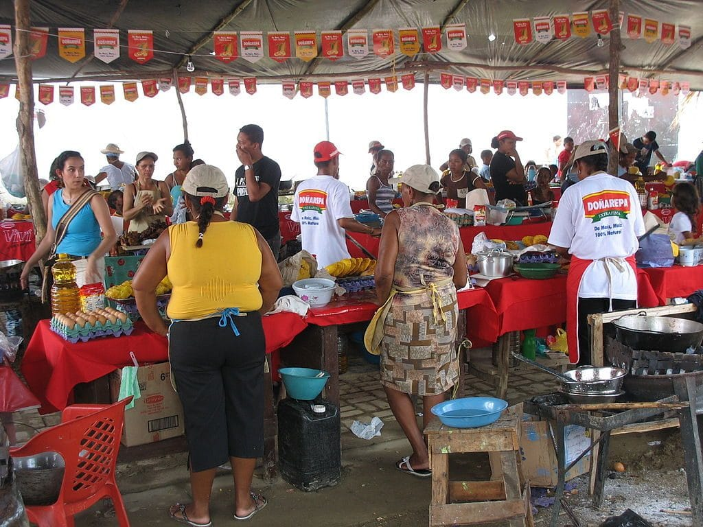 Photo of some stalls selling fritos at the Cartagena Fried Food Festival.