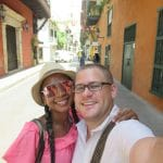 Photo of a couple in the street in Cartagena, another one of the great pictures of Cartagena.