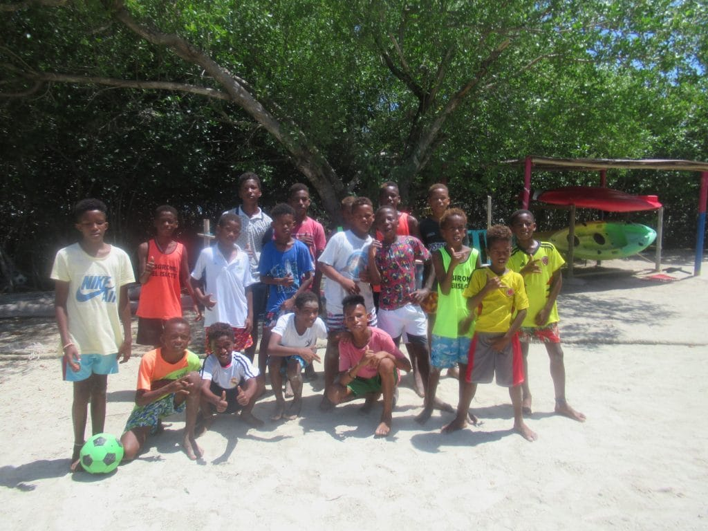 Photo of the Tiburones del Islote soccer team sponsored as part of Isla Roots Hostel's Social Work