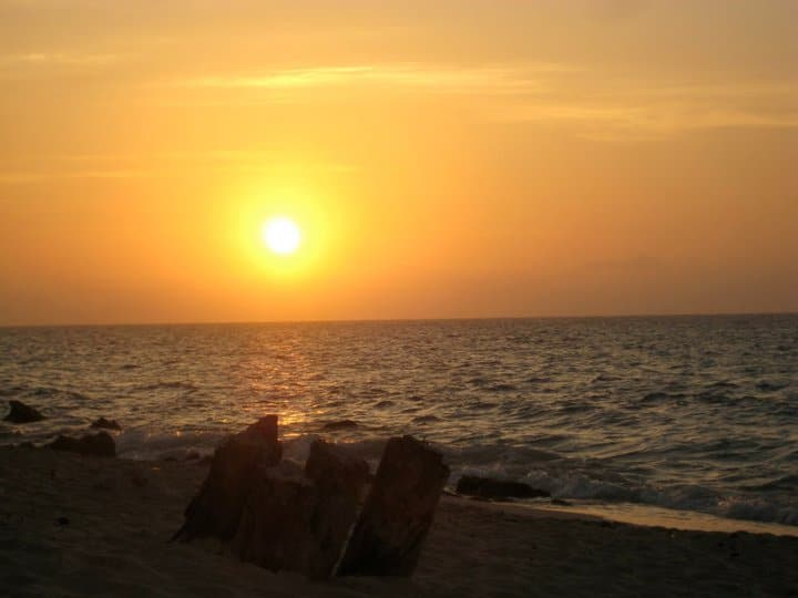 Photo of the sunset at Playa Blanca, Barú Island.