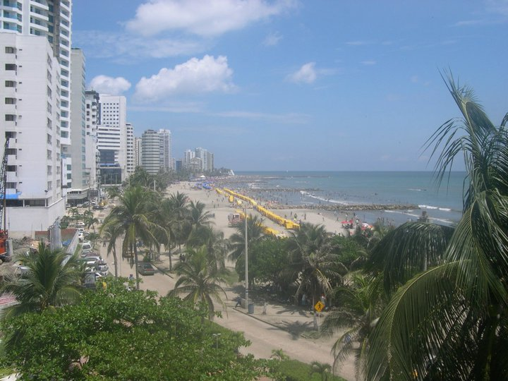 Photo of the Bocagrande beaches of Cartagena from a distance.