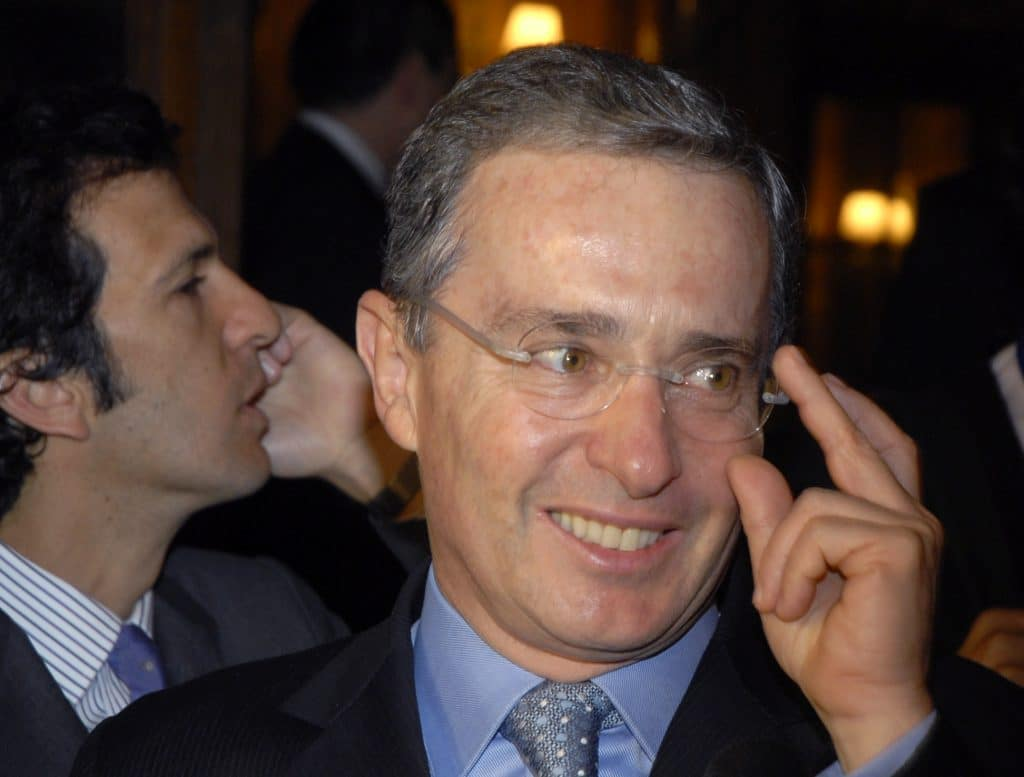 Photo of Alvaro Uribe on house arrest since August 4.