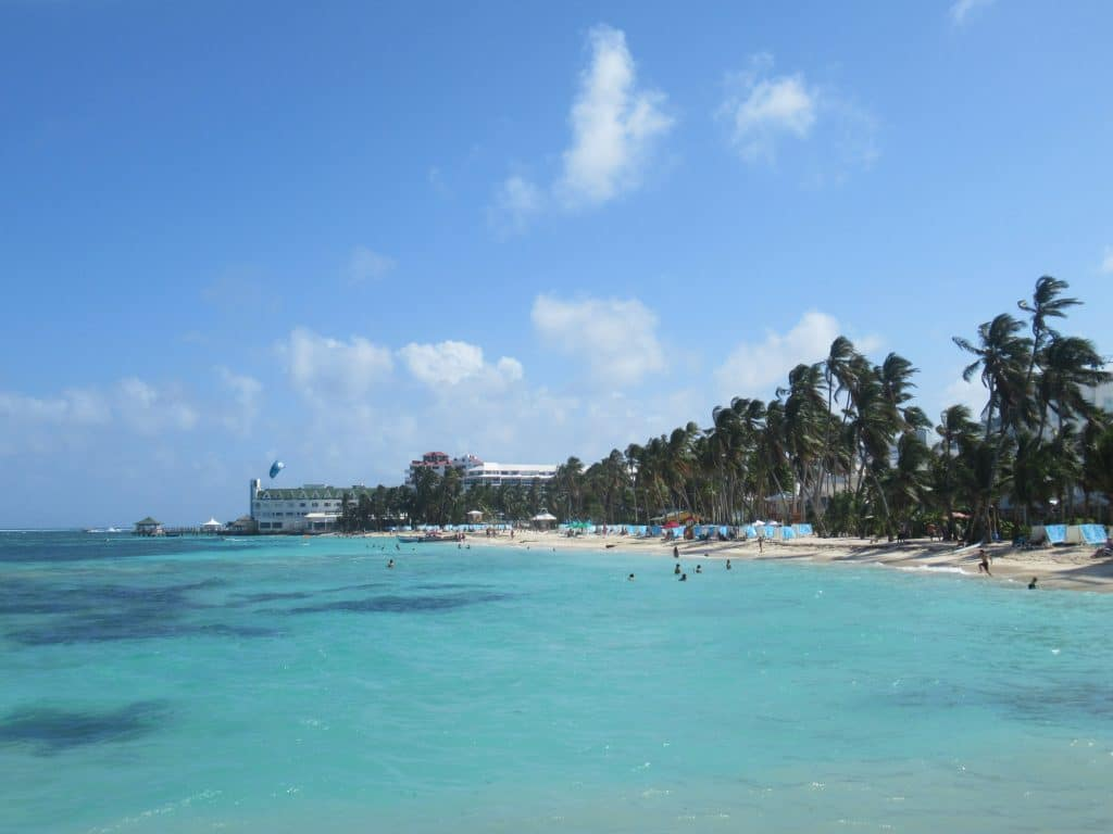 Photo of the downtown Spratt Bight best beach in San Andres Colombia