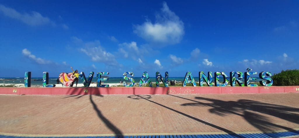 Photo of the I love San Andres sign in Isla San Andres, Colombia.